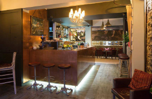 bars for over 30s brighton
